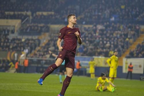 villarreal-roma-dzeko-gol-esultanza